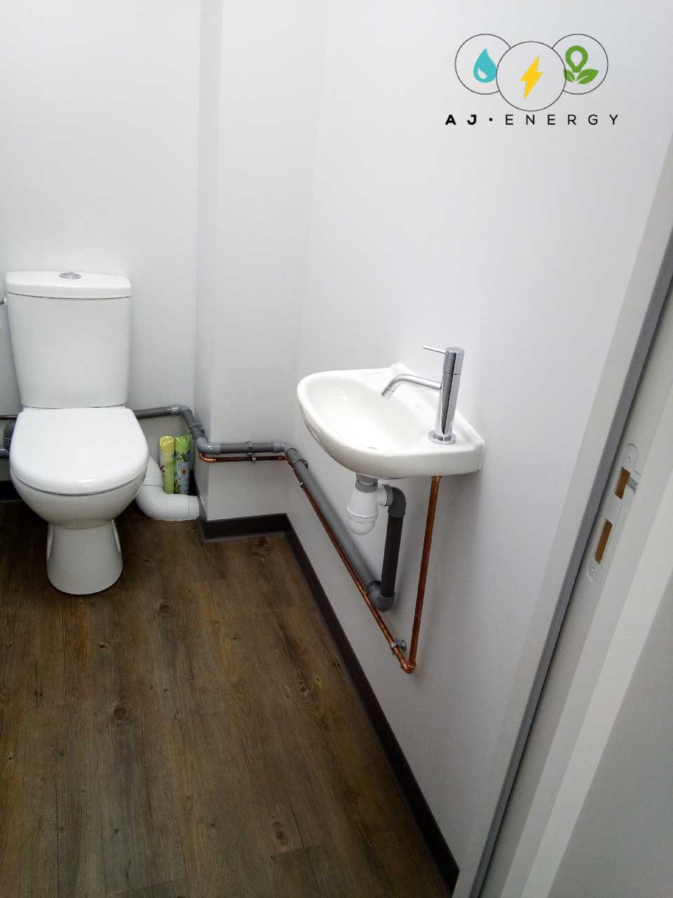 toilettes-installation-lave-main-2